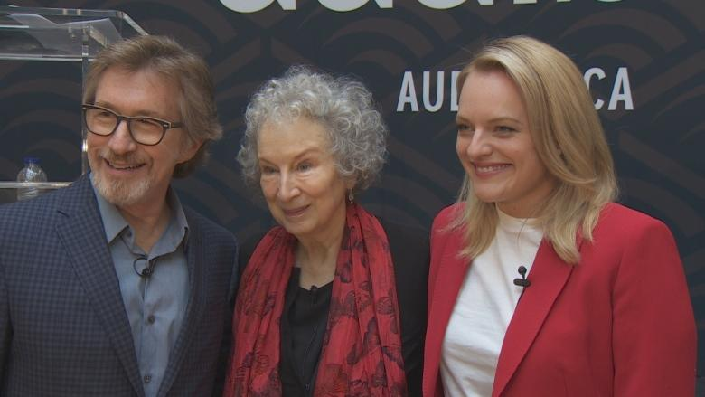 Margaret Atwood and Elisabeth Moss reunite, have words in Toronto
