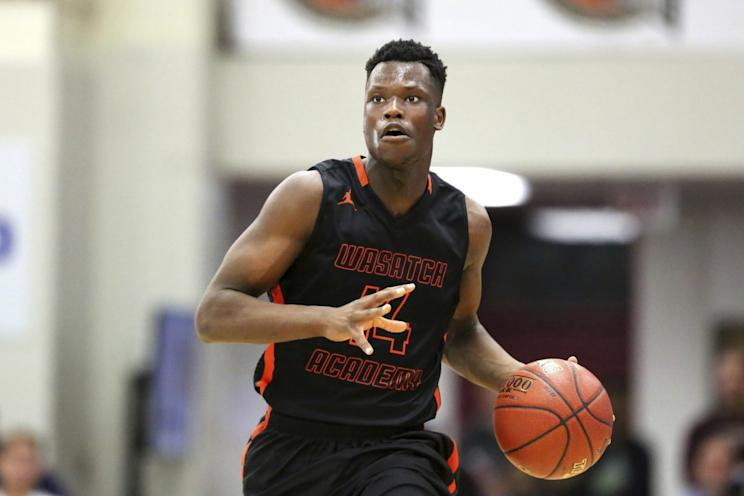 Emmanuel Akot will join Arizona next fall. (AP)