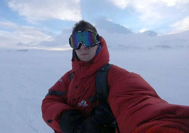 Tom Warburton solo trek to the South Pole