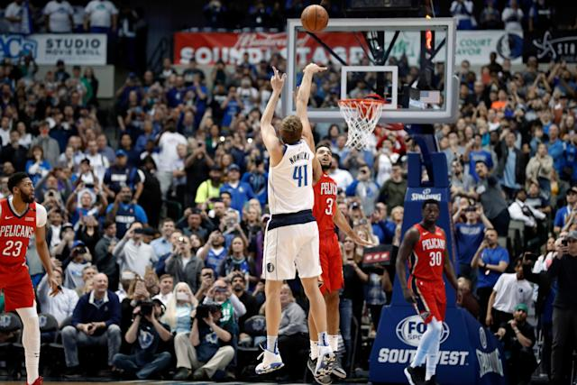 Dirk Nowitzki passed Wilt Chamberlain to reach sixth on the all-time scoring list. (AP Photo/Tony Gutierrez)