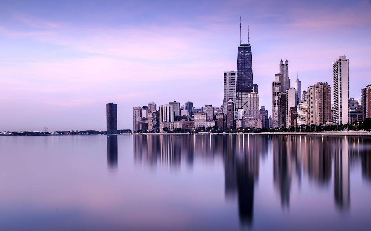 """<p>Chicago is one of the best cities for last-minute travel, according to Expedia - booking 60-90 days in advance will net you savings of up to 15%<span>. The average hotel cost in the Windy City is <a rel=""""nofollow"""" href=""""https://www.statista.com/statistics/202381/average-daily-rate-of-hotels-in-chicago/"""">about $163</a>, while a budget dinner will run you <a rel=""""nofollow"""" href=""""https://www.priceoftravel.com/99/united-states/chicago-prices"""">about $9-$15</a> (FYI: deep dish pizza costs in the $20 range). Like many major cities, though, some of the best attractions are free, including the Bean (duh, for Instagram), the views from the 95th floor of Hancock Center<span> (skip the $23 fee at the Sears Tower), and the 5-mile long """"pedway,"""" a network of tunnels and overhead bridges<span> across 40 blocks of downtown Chi-town.</span></span></span></p><p><span><span><span><strong>RELATED: <a rel=""""nofollow"""" href=""""http://www.redbookmag.com/life/a42901/best-family-vacations/"""">15 Family Vacations You Need to Take Your Kids on Before They Grow Up</a><span><a rel=""""nofollow"""" href=""""http://www.redbookmag.com/life/a42901/best-family-vacations/""""></a></span></strong><br></span></span></span></p>"""