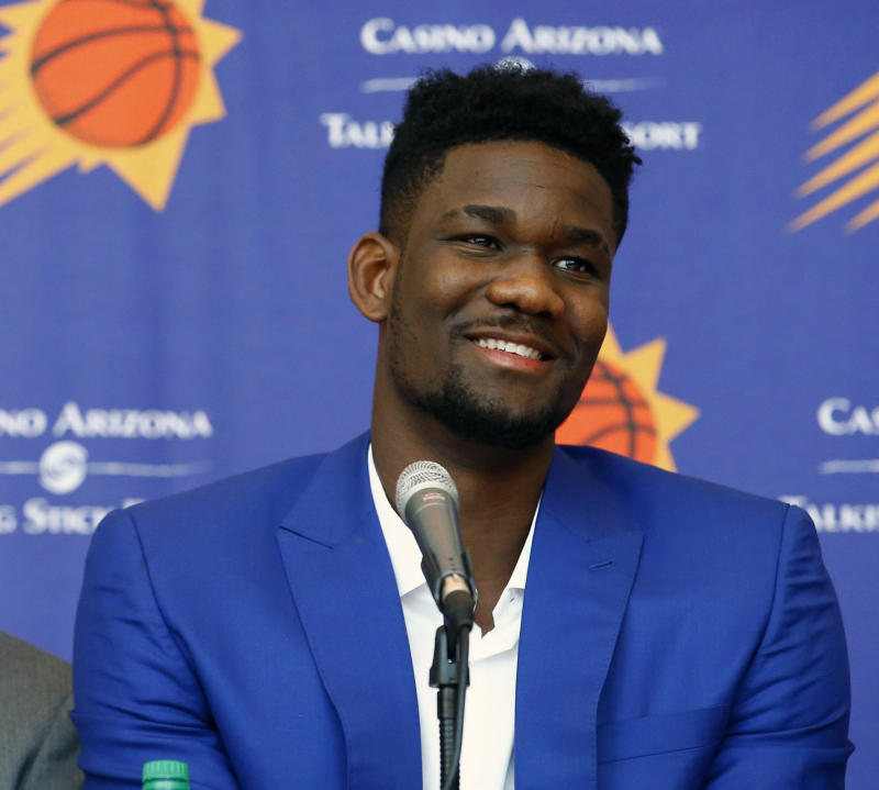Deandre Ayton Meets Diana Taurasi, 'the Michael Jordan Of