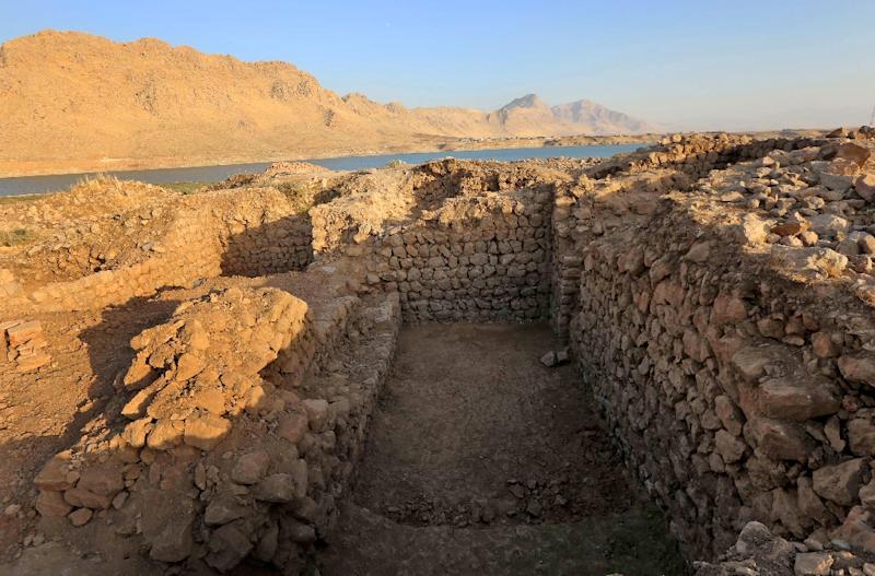 The lakeside site was discovered by a team of Iraqi and British archaeologists led by experts from the British Museum (AFP Photo/SAFIN HAMED)