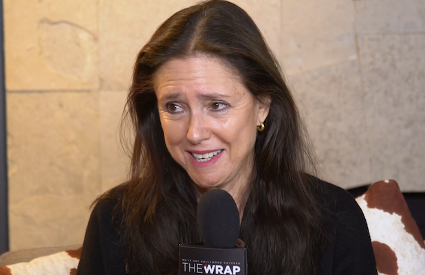 'The Glorias' Director Julie Taymor on Telling Gloria Steinem's Story: 'I Thought I Knew Her. I Didn't' (Video)