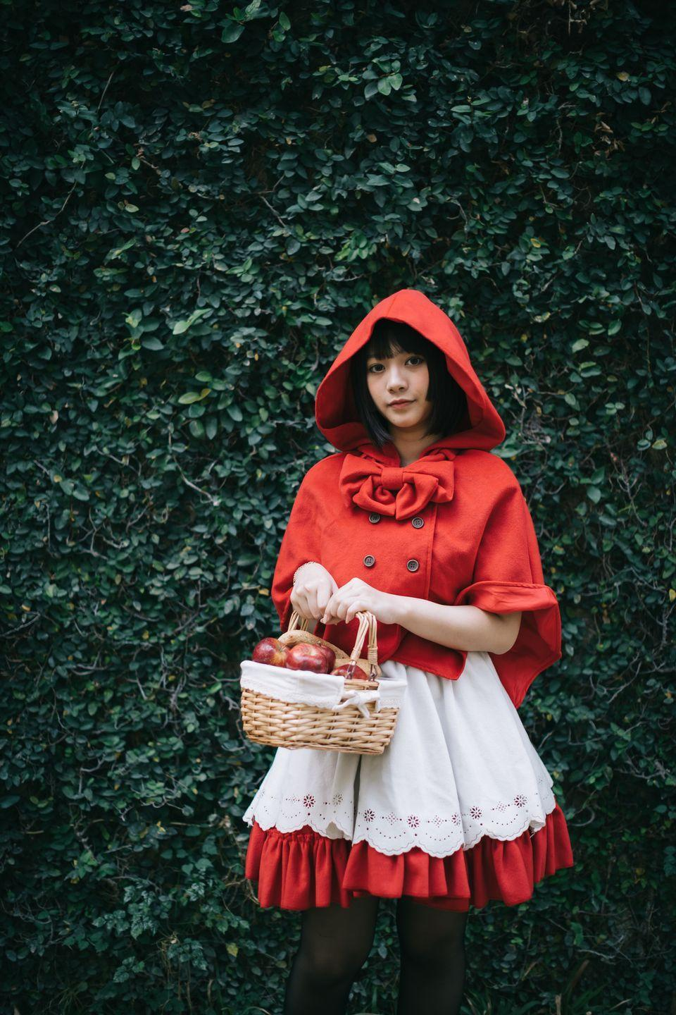 """<p>If you're feeling ready to take on the Big Bad Wolf, then simply layer a red hooded poncho over a red dress to become Little Red Riding Hood. Don't forget your basket of goodies!</p><p><a class=""""link rapid-noclick-resp"""" href=""""https://www.amazon.com/SUNNYME-Womens-Ponchos-Knitted-Hoodies/dp/B07K458832?tag=syn-yahoo-20&ascsubtag=%5Bartid%7C10070.g.490%5Bsrc%7Cyahoo-us"""" rel=""""nofollow noopener"""" target=""""_blank"""" data-ylk=""""slk:SHOP RED HOODED PONCHOS"""">SHOP RED HOODED PONCHOS</a></p>"""