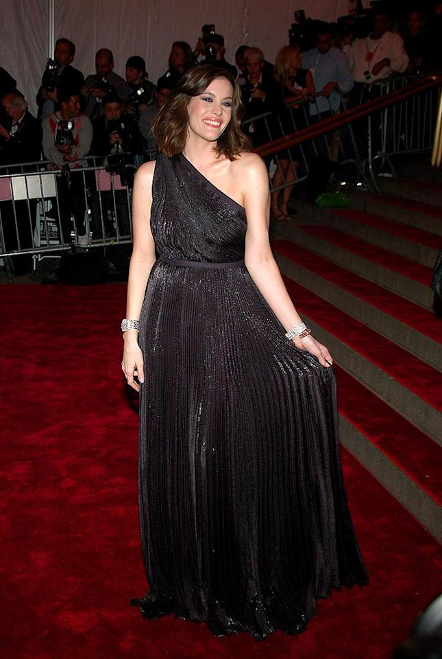 "Sometimes basic is best. Liv Tyler sparkled in a simple one-shoulder gown and diamond bracelets. Michael Loccisano/<a href=""http://www.filmmagic.com/"" target=""new"">FilmMagic.com</a> - May 5, 2008"