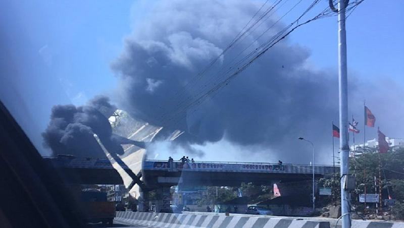 Chennai: Fire Breaks Out in Car Parking Opposite Hospital; Eight Fire Tenders Rush to Spot