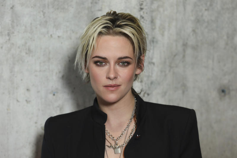 "Kristen Stewart attends the special screening of ""Underwater "" at the Alamo Drafthouse Cinema on Tuesday, Jan. 7, 2020, in Los Angeles. (Photo by Mark Von Holden/Invision/AP)"