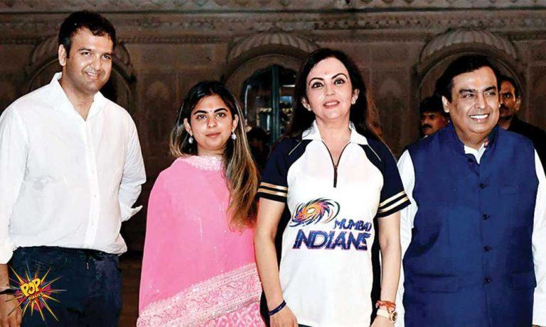 Isha-Ambani-Anand-Piramal-with-Ambanis