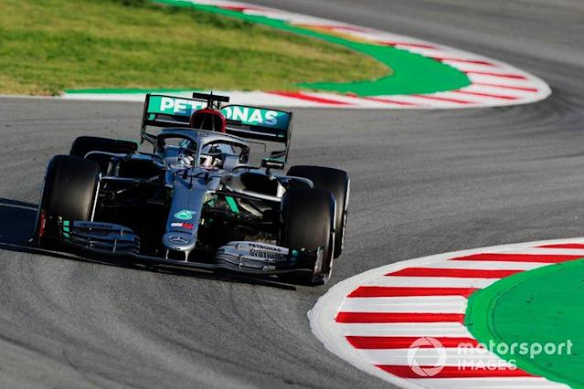 "Lewis Hamilton, Mercedes F1 W11 EQ Power+ <span class=""copyright"">Steven Tee / Motorsport Images</span>"