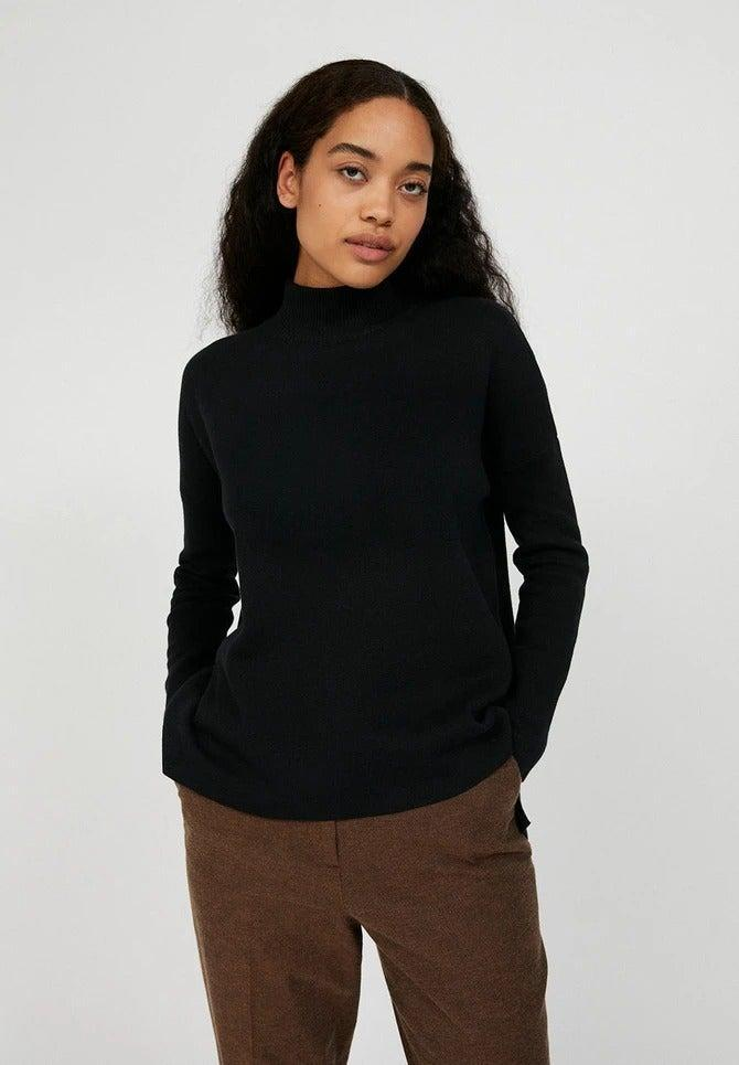 "<br><br><strong>Armed Angels</strong> Yunaa Jumper, $, available at <a href=""https://sanchosshop.com/collections/knitwear-and-jumpers/products/yunaa-jumper-in-black?"" rel=""nofollow noopener"" target=""_blank"" data-ylk=""slk:Sancho's"" class=""link rapid-noclick-resp"">Sancho's</a>"