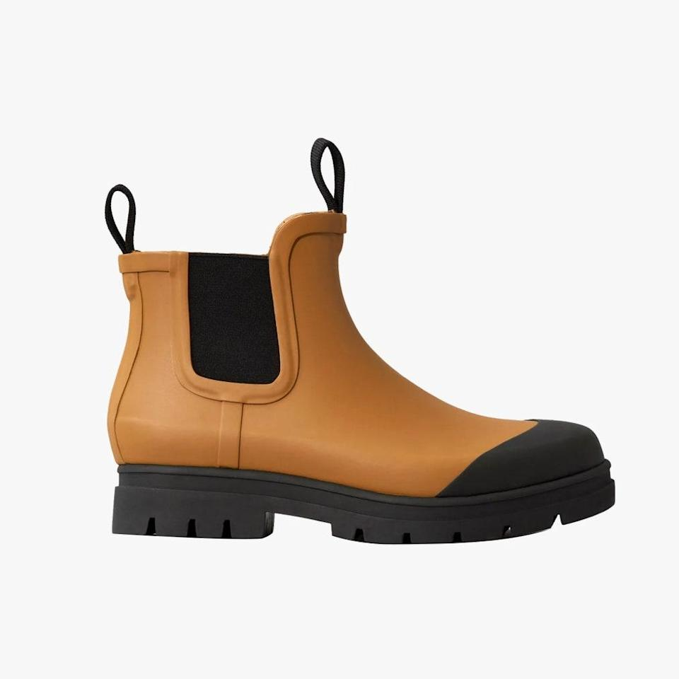 """$75, EVERLANE. <a href=""""https://www.everlane.com/products/womens-rain-boot-toffee?collection=womens-boots"""" rel=""""nofollow noopener"""" target=""""_blank"""" data-ylk=""""slk:Get it now!"""" class=""""link rapid-noclick-resp"""">Get it now!</a>"""