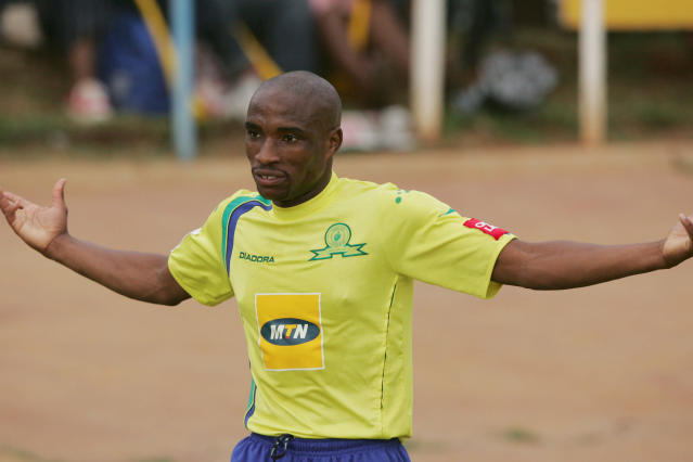 The former South Africa international reckons that the Brazilians can cause against the Spanish giants