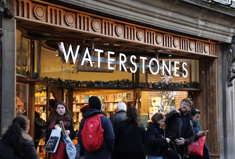 CAMBRIDGE, UNITED KINGDOM - 2018/12/22: Waterstones book shop brand logo seen in Cambridge. (Photo by Keith Mayhew/SOPA Images/LightRocket via Getty Images)