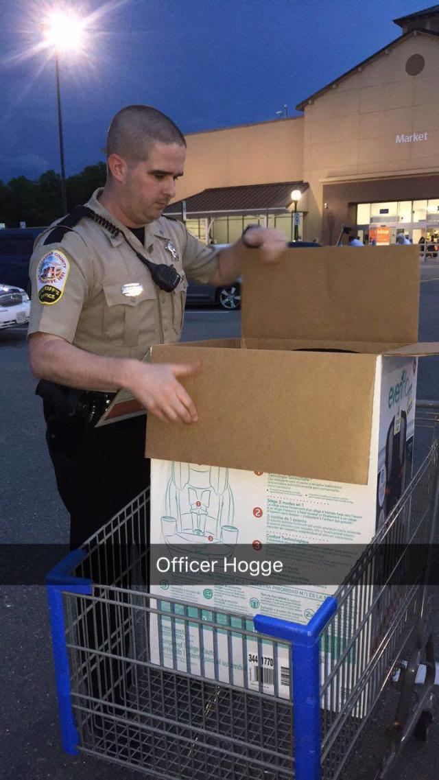 Sgt. Sean Hogge bought a new car seat for a mom who couldn't afford one. (Photo: Courtesy of Khadijah Rice)