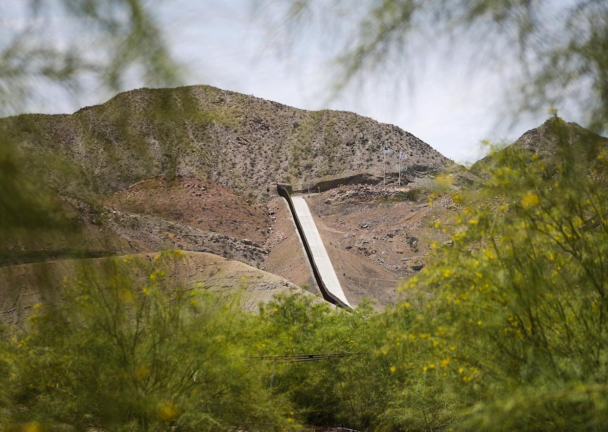 A section of the border wall in Sunland Park. (Photo: Mario Tama/Getty Images)