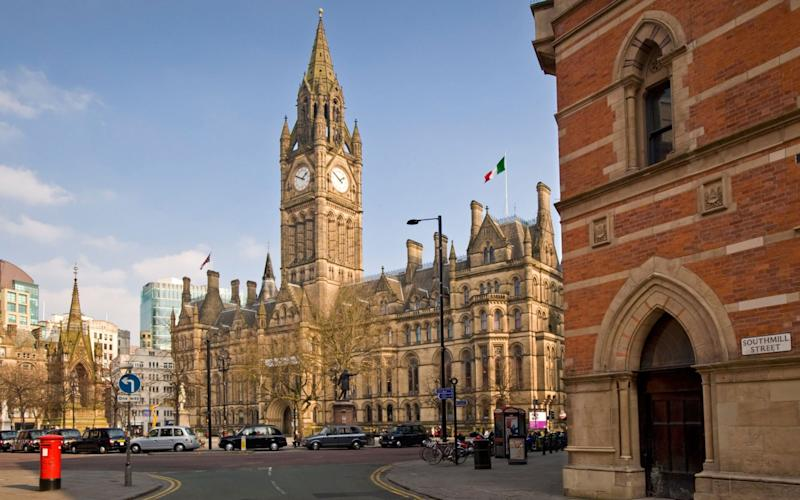 anchester Town Hall & Albert Square, Greater Manchester. - Alamy