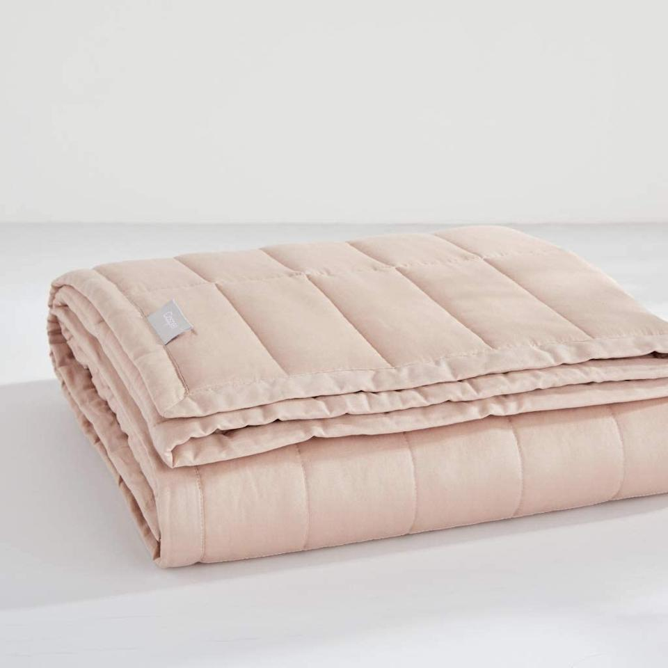 Casper Weighted Blanket Dusty Rose 20 Lbs. Image via Indigo.