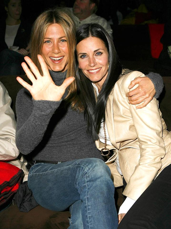 "Jennifer Aniston and Courteney Cox Arquette hit if off when they first met on the set of ""Friends"" in 1994. Jeff Vespa/<a href=""#//www.wireimage.comâ€ÂÂ�"" target=""â€ÂÂ�newâ€ÂÂ�"">WireImage.com</a> - April 11, 2007"