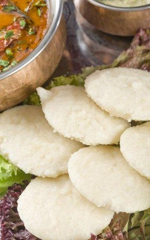 <b>Masala Idli<br><br></b>There's no better way of using leftover idli's than using them as masala idlis for next day's breakfast. Add mustard seeds into a pan with a little oil. Add curry leaves into it, with a pinch of salt, chili powder and turmeric. Add halved idlis and stir fry a little to get the color and the smokiness of the spices. Turn it off and have it with your favorite chutney or just like that. It's simple and not to mention, healthy.