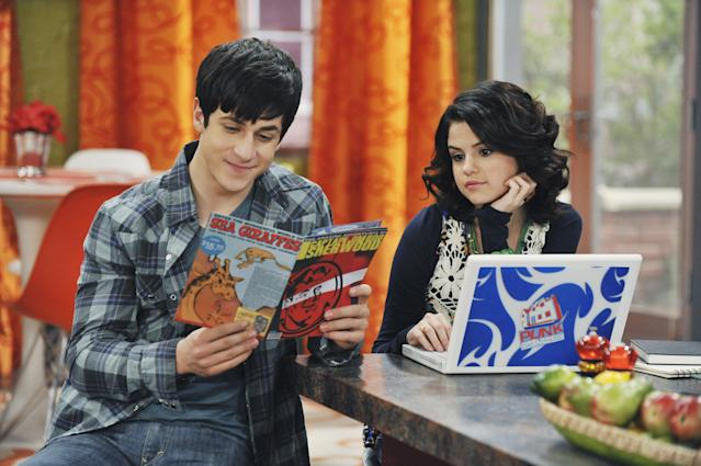 David Henrie and Selena Gomez in  <em>Wizards of Waverly Place</em>. (Photo: Getty Images)