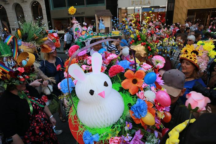 <p>Easter Sunday was marked by the annual Bonnet Parade in midtown, filling Fifth Avenue with hundreds of colorful hats & costumes on April 16, 2017. (Photo: Gordon Donovan/Yahoo News) </p>