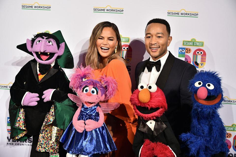 <p>The couple were joined by some other friends, in the form of Sesame Street characters, for a benefit gala in New York.</p>