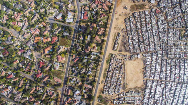 <p>Kya Sands and Bloubosrand, Johannesburg, South Africa, 2016. (Photograph by Johnny Miller/Caters News) </p>