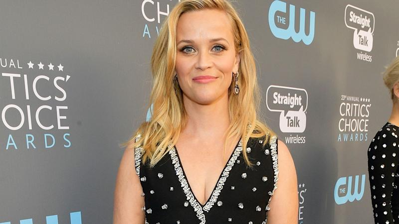 Reese Witherspoon Shares Adorable Photo With Her 2 Sons: 'My Valentines'