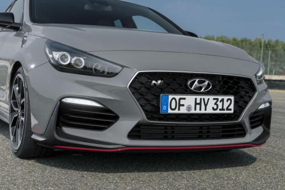 There's a choice of driving styles – from economy to lunacy (Hyundai)