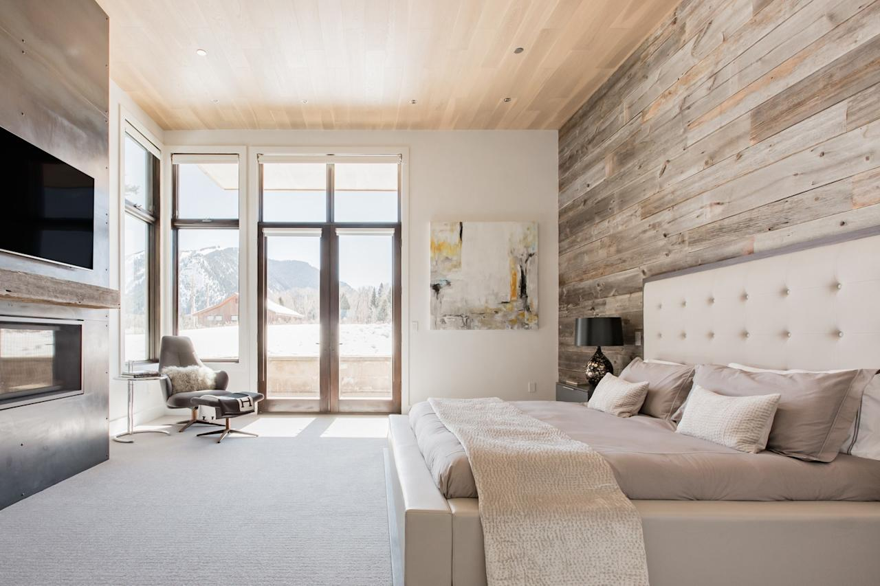 "<p>We're kicking it off with the most outlandish of the bunch. Yes, this five-bedroom <a href=""https://www.cntraveler.com/story/beyond-the-basics-aspen?mbid=synd_yahoo_rss"" target=""_blank"">Aspen</a> Airbnb is $3,000 per night—but the mountain views from nearly every room, outdoor fireplace, wine cellar, extra-large dining table with room for the whole crew, and modern alpine design are all well worth it. It's also an <a href=""https://www.cntraveler.com/story/airbnb-plus-is-for-people-who-hate-airbnb?mbid=synd_yahoo_rss"" target=""_blank"">Airbnb Plus</a>, which means it's been personally vetted by the company's inspectors on a 100-point checklist and includes a washer and dryer, hotel-style bathroom toiletries, and a fully-equipped kitchen. You're only a 10-minute drive from the ski lifts, but on a private cul-de-sac, so you can reset in peace after a day of on the mountain. </p> <p><strong>Book Now:</strong> $3,000 per night, <a href=""https://airbnb.pvxt.net/M1XZM"" rel=""nofollow"" target=""_blank"">airbnb.com</a></p>"