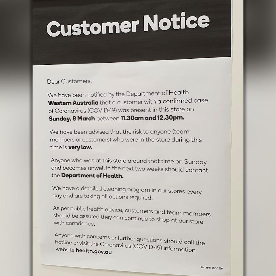 A coronavirus notice put up at a Woolworths store in Perth's Canning Vale.