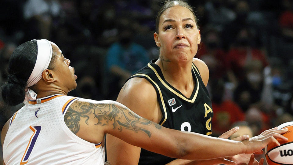 Liz Cambage has been asked to front a private Basketball Australia hearing over an alleged altercation during a practice match against Nigeria leading up to the Tokyo Olympics. (Photo by Ethan Miller/Getty Images)