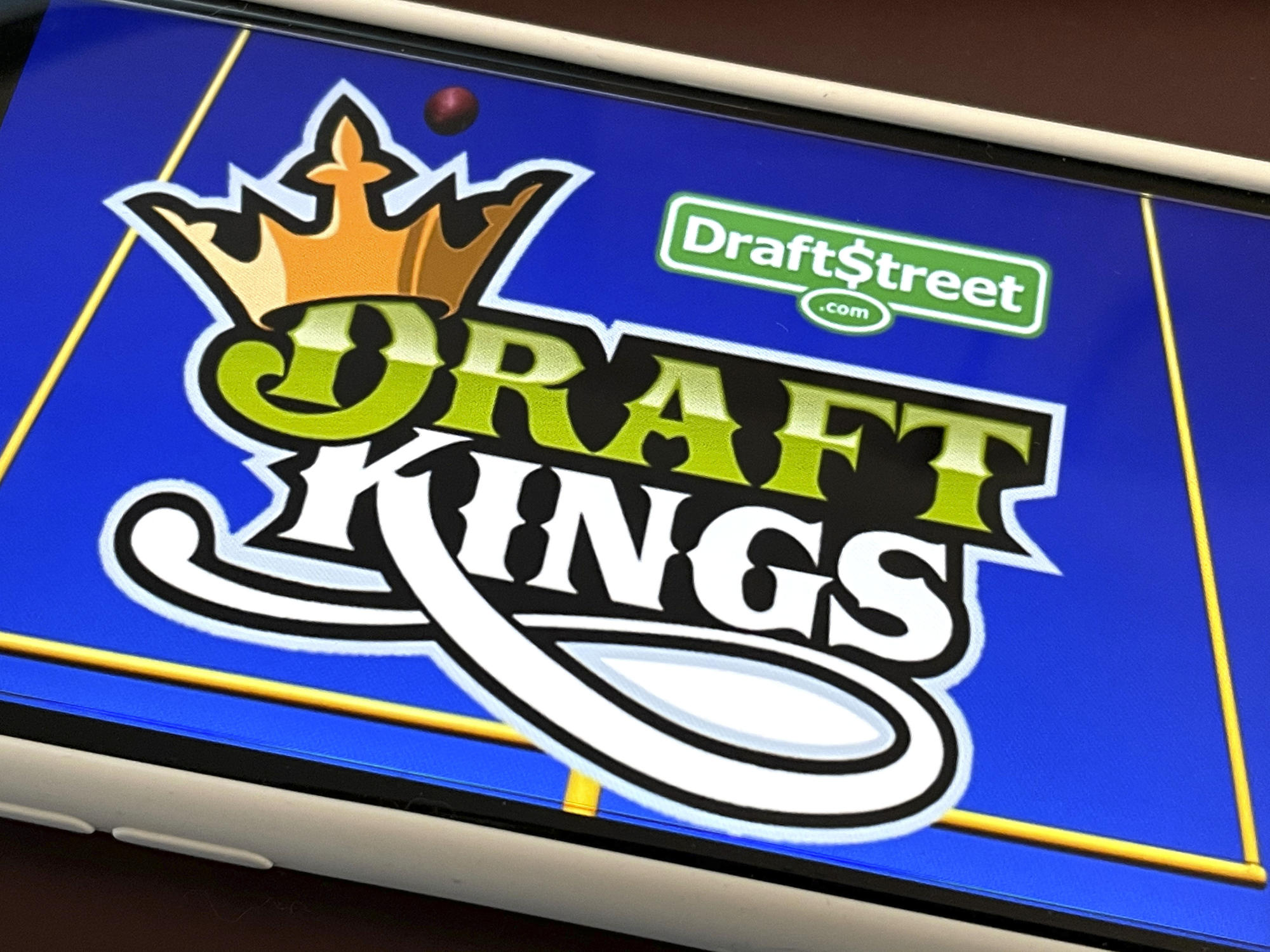 DraftKings CEO excited by Canadian single-sports betting legalization