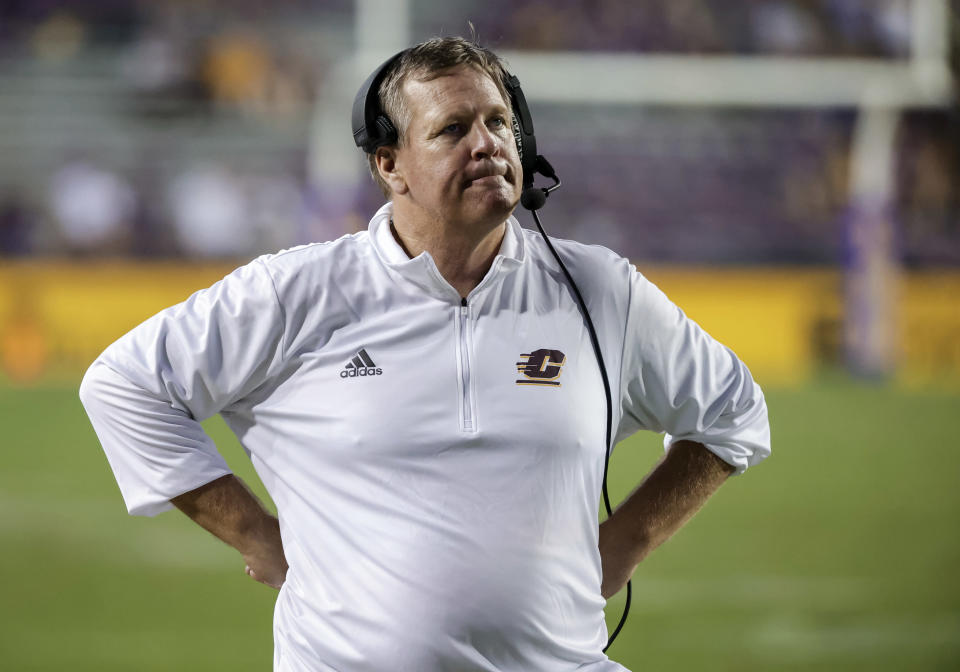 Central Michigan coach Jim McElwain watches from the sideline during the second half of the team's NCAA college football game against LSU in Baton Rouge, La,. Saturday, Sept. 18, 2021. (AP Photo/Derick Hingle)