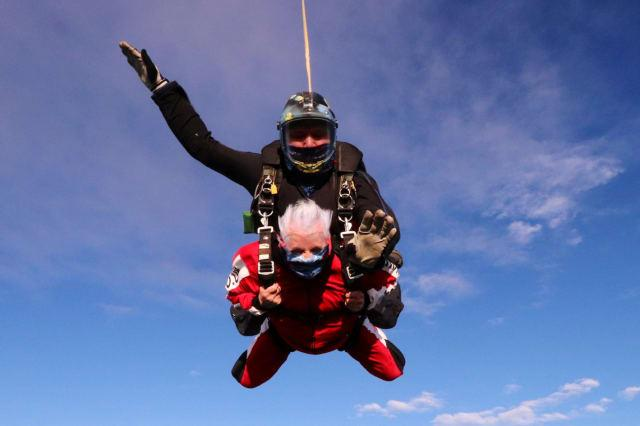 A thrill seeking great-gran has celebrated her 90th birthday - by taking to the air and SKYDIVING from 15,000 feet