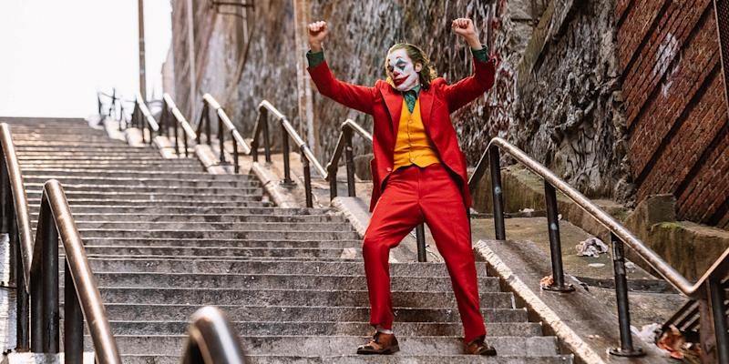 Phoenix dances like nobody's watching in 'Joker' (Photo: Warner Bros.)