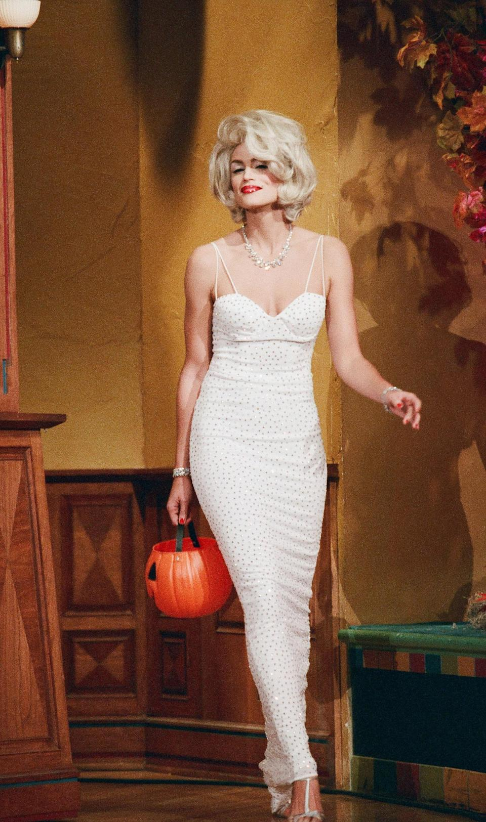 The supermodel was crushing Halloween all the way back in 1996.