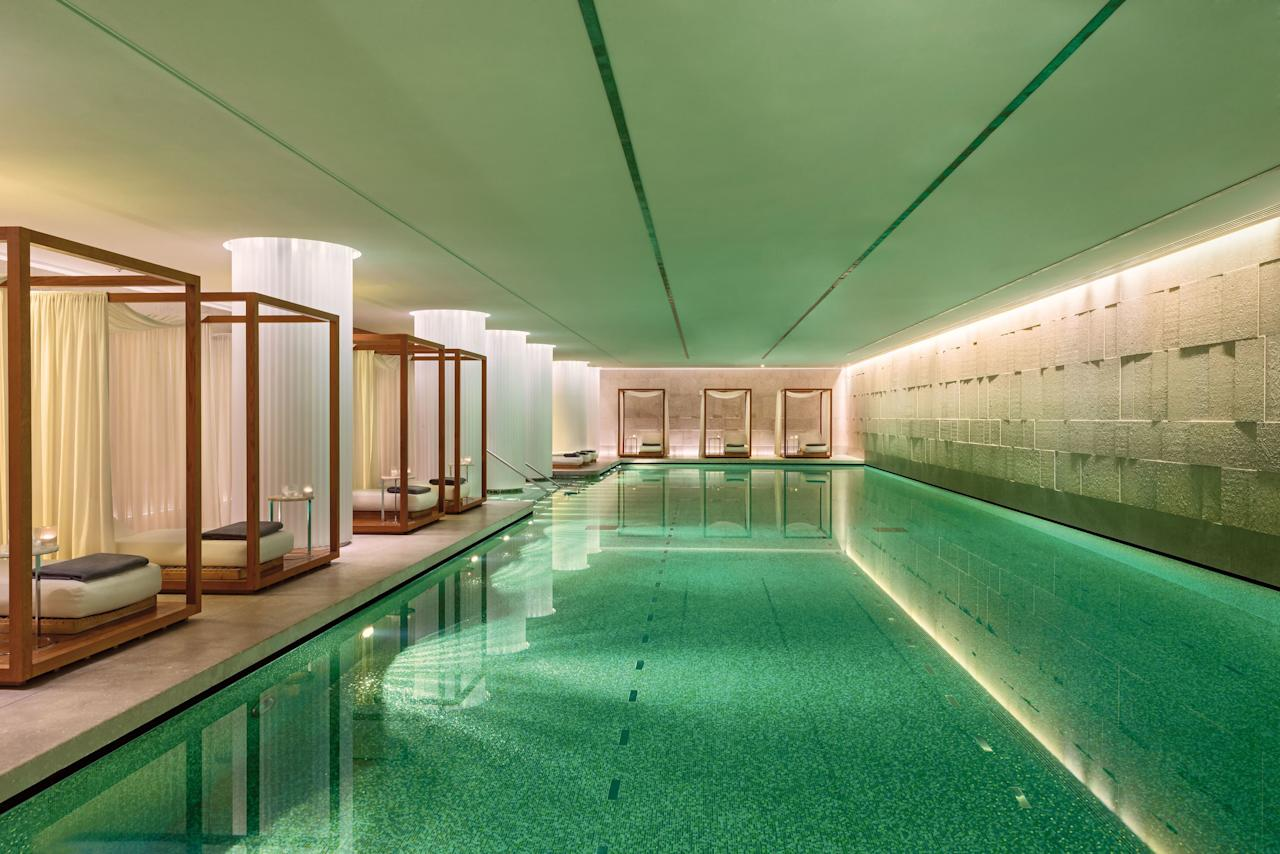 While it's located in the heart of one of the busiest cities in the world, the indoor pool at <strong>Bulgari Hotel London</strong> is the very definition of relaxation. The 82-foot long swimming pool is surrounded textured Vicenza stone, which gives the space a more natural, almost earthy feeling.