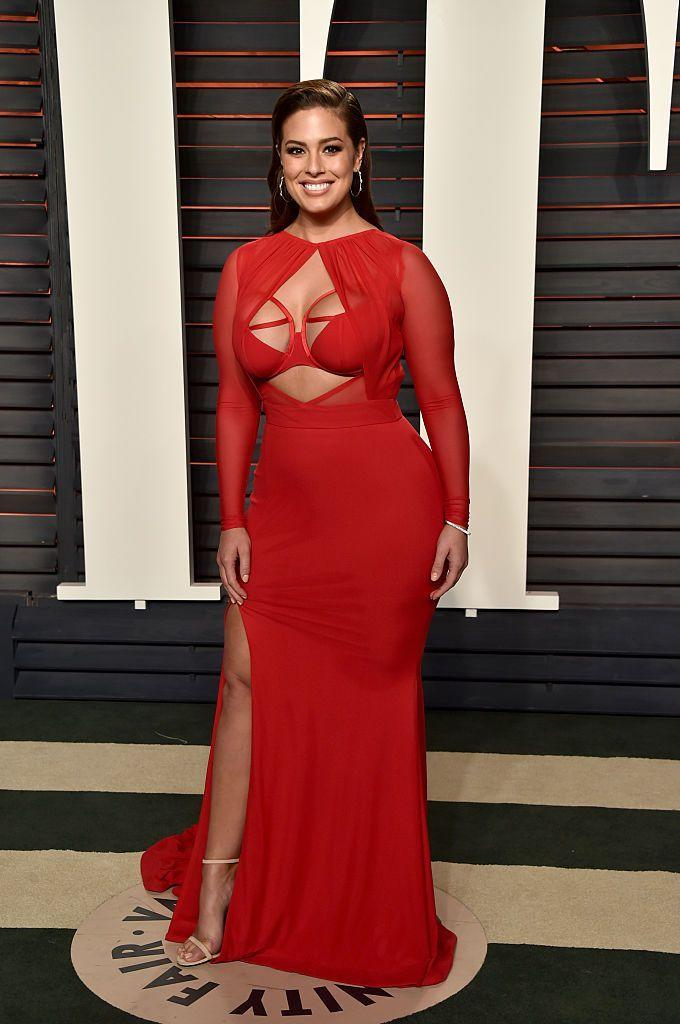 <p>The model turned heads in a red cut-out Bao Tranchi dress. </p>