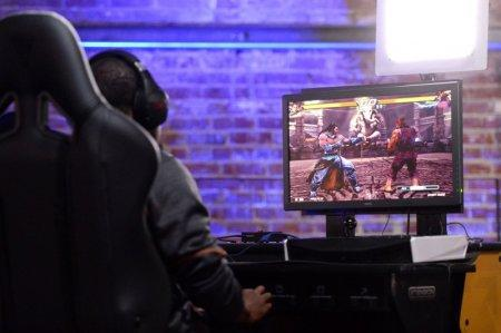 FILE PHOTO: Oct 16, 2016; Los Angeles, CA, USA; IDK LOC (L) plays during the Tekken 7 top 8 pool play at Esports Arena. Mandatory Credit: Orlando Ramirez-USA TODAY Sports/File Photo