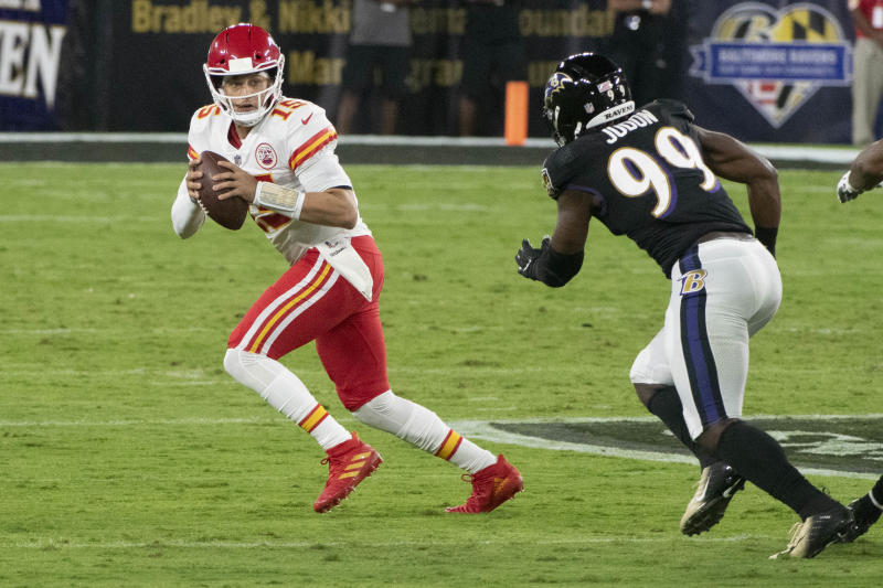 Watch: Patrick Mahomes erupts in first half of Chiefs-Ravens