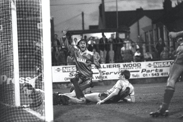Wise, who went on to play for Hoddle after joining Chelsea in 1990, also weighed in with the odd goal or two