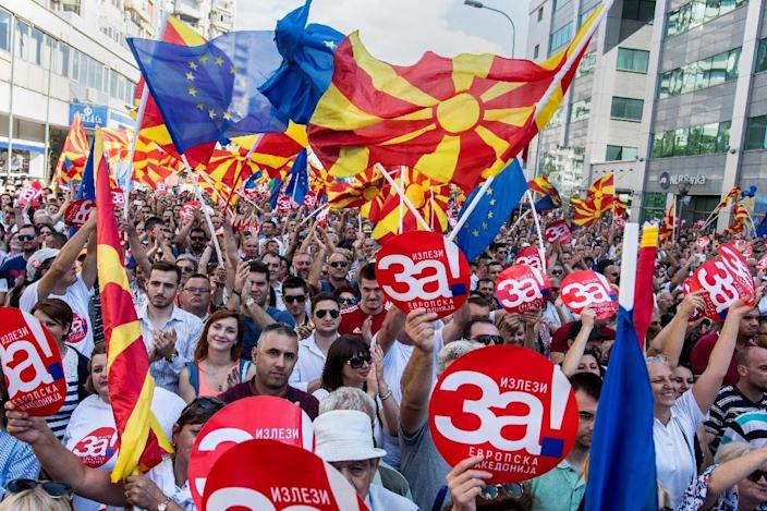 Macedonian media have led a campaign for a 'yes' vote, which seems the likely outcome (AFP Photo/Robert ATANASOVSKI)