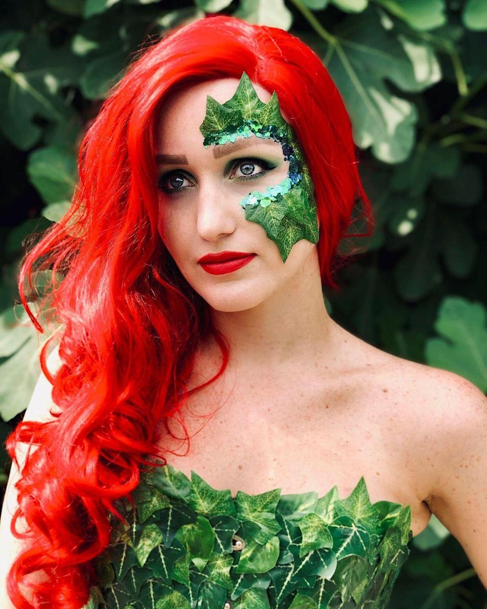 """<p>If you don't want to shield your eyes all night long, but want to embellish them with ivy nonetheless, we present you with the ultimate in-between. Made with layered fake ivy leaves and dainty green sequins (and glued on with skin-safe adhesive), this eyepiece is bound to turn heads.</p><p><strong>See more at </strong><a href=""""https://www.instagram.com/p/B0tCnVZiCWb/"""" rel=""""nofollow noopener"""" target=""""_blank"""" data-ylk=""""slk:@Leslie Rose"""" class=""""link rapid-noclick-resp""""><strong>@Leslie Rose</strong></a><strong>.</strong></p><p><a class=""""link rapid-noclick-resp"""" href=""""https://www.amazon.com/Mehron-Makeup-Spirit-Gum-Matte/dp/B00FEPMP2C/ref=asc_df_B00FEPMP2C/?tag=syn-yahoo-20&ascsubtag=%5Bartid%7C10050.g.29402429%5Bsrc%7Cyahoo-us"""" rel=""""nofollow noopener"""" target=""""_blank"""" data-ylk=""""slk:SHOP SKIN ADHESIVE""""><strong>SHOP SKIN ADHESIVE</strong></a></p>"""
