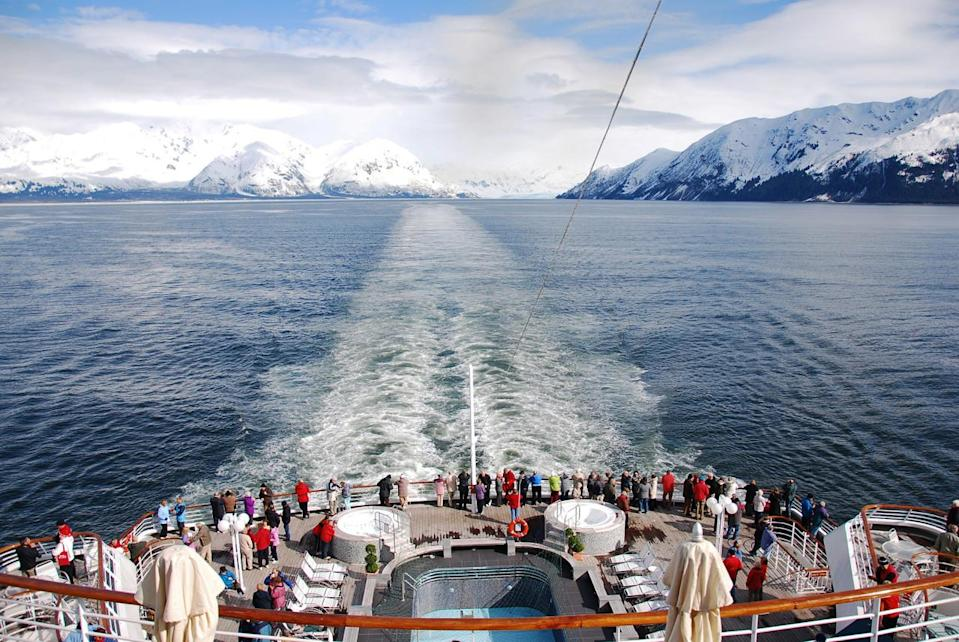 Cruise ban spares B.C. coast up to 31 billion litres of wastewater