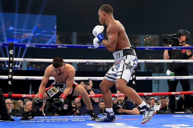 Spence knocked out Carlos Ocampo last June. (Getty Images)