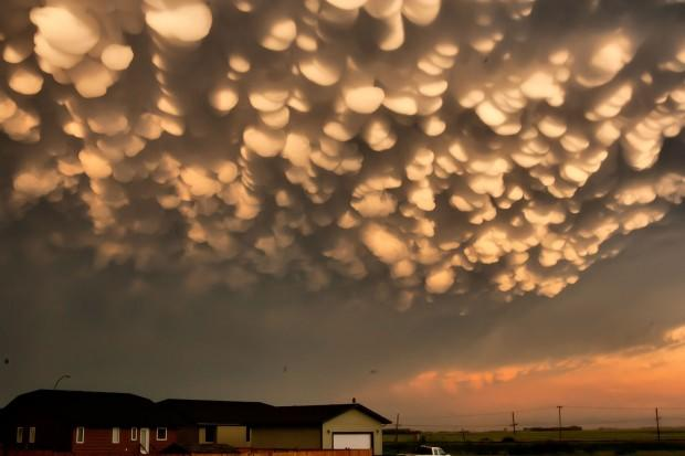 """(Photo courtesy of Jeff Harrison/CBC.CA) <br> <br> <a href=""""http://www.cbc.ca/news/canada/saskatchewan/story/2012/06/26/sk-post-storm-sky-120626.html"""" rel=""""nofollow noopener"""" target=""""_blank"""" data-ylk=""""slk:Click here"""" class=""""link rapid-noclick-resp"""">Click here</a> for full story on CBC News"""