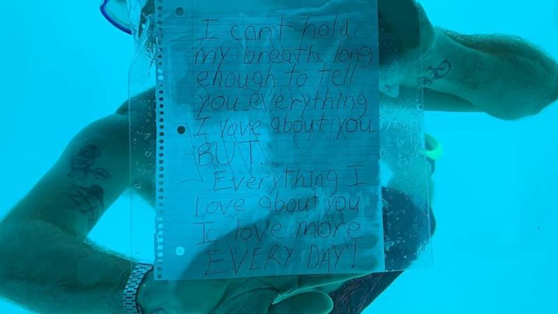 "The first side of the note reads: ""I can't hold my breath long enough to tell you everything I love about you but... everything I love about you I love more every day!"": Facebook / Kenesha Antoine"