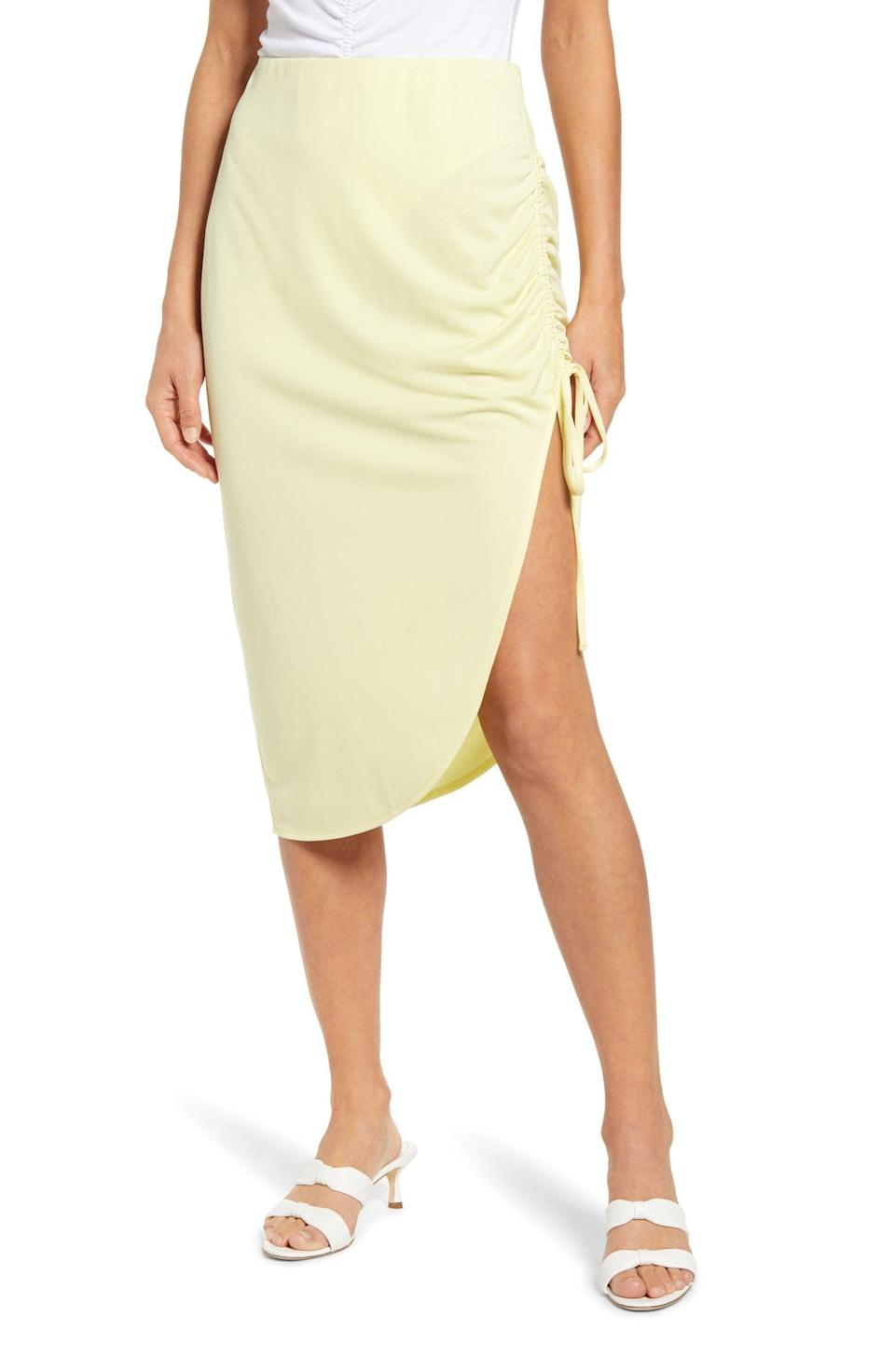 <p>The side slit of this <span>Open Edit Side Ruched Skirt</span> ($45) makes it a step above the rest.</p>